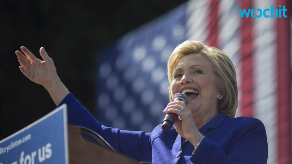 Clinton Reveals Plan For Tuition-free College