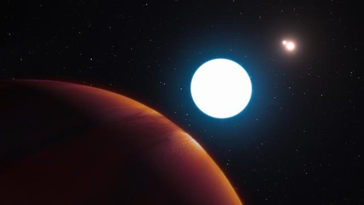 Astronomers Just Found A Very Strange Planet With Three Suns