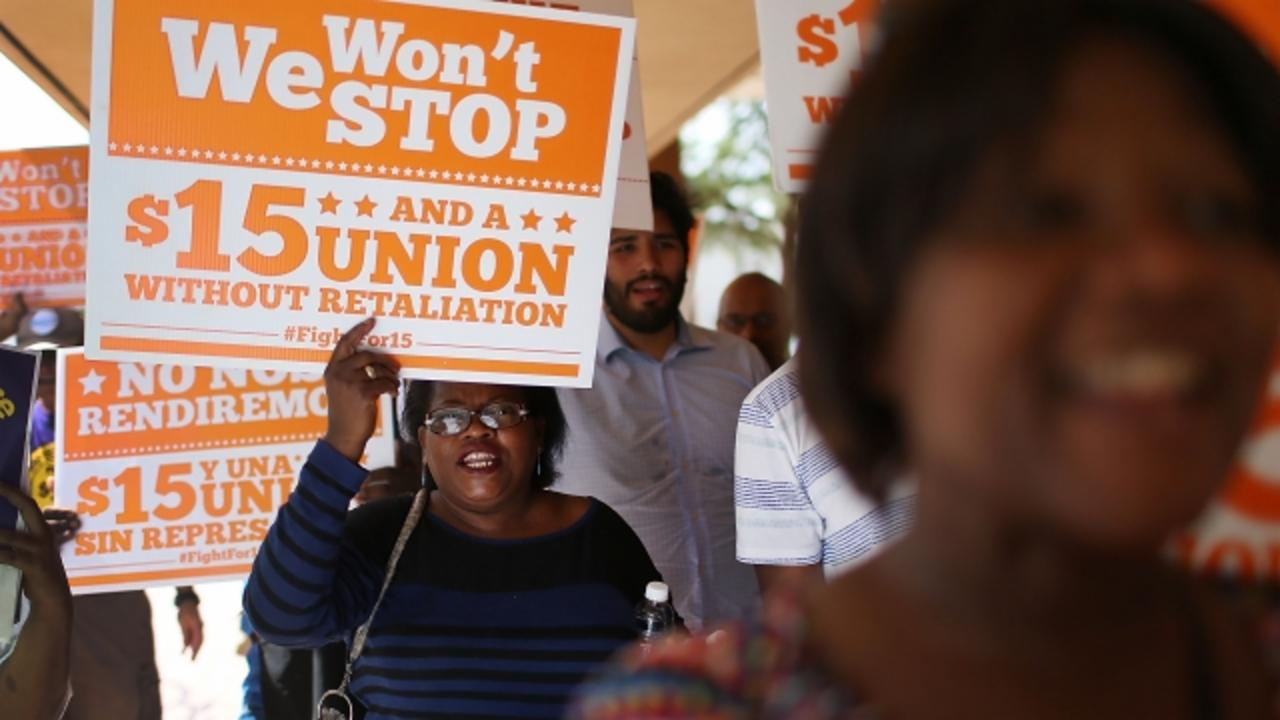 Democrats Will Make $15 Minimum Wage Part of Party Message
