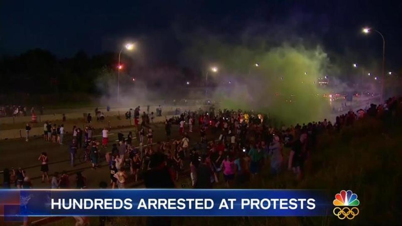 Hundreds Arrested as St. Paul, Baton Rouge Protesters Turn Violent