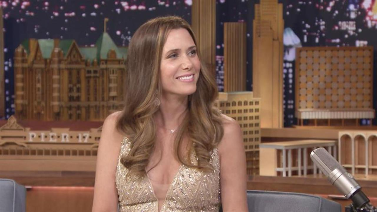 Jimmy Interviews JoJo from The Bachelorette (Kristen Wiig)