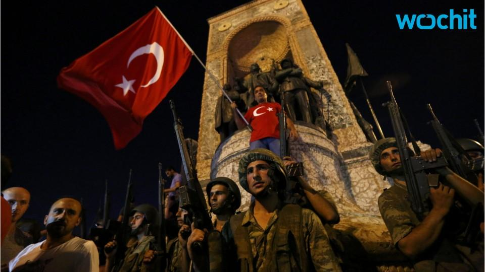 WHAT WE KNOW: Military coup attempt underway in Turkey