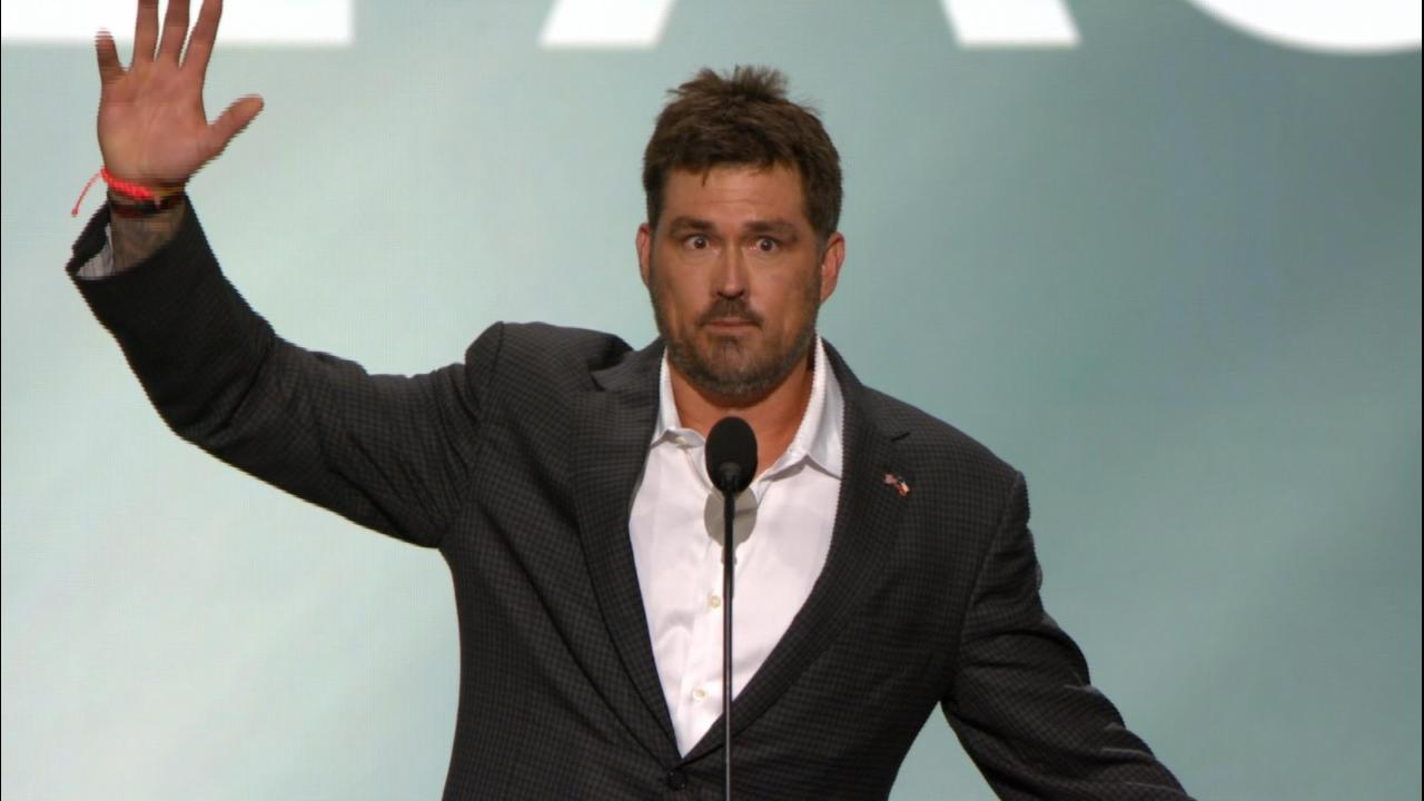 Former Navy SEAL Marcus Luttrell fires up RNC crowd