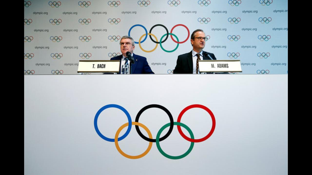 IOC delays decision to ban Russia, will explore legal options
