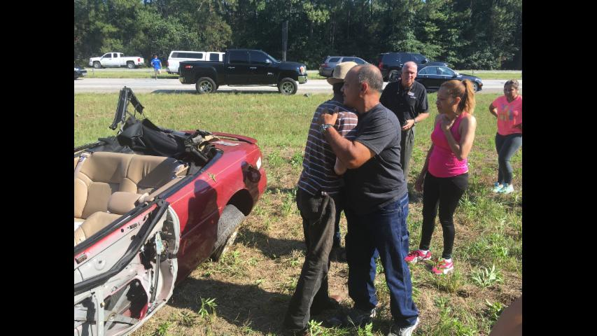 Good Samaritans Help Turn Over Car to Rescue Driver on I-20