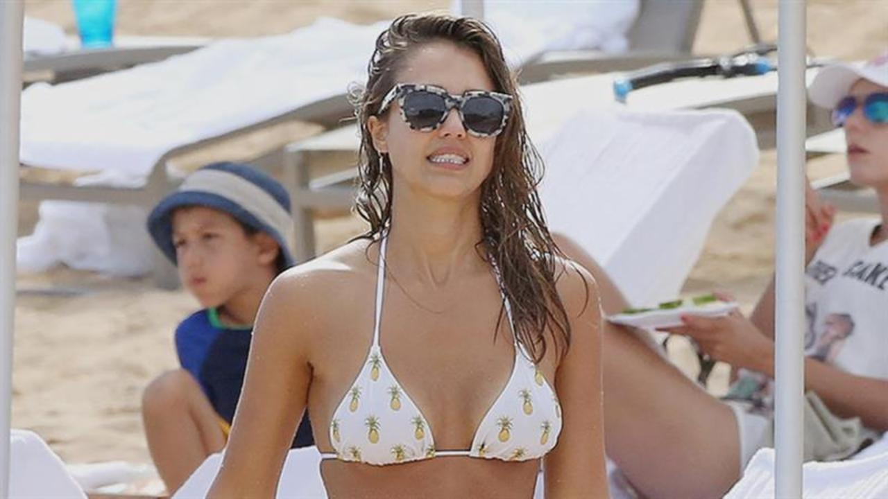 6 Sexy Celebs Who Define Summer Goals