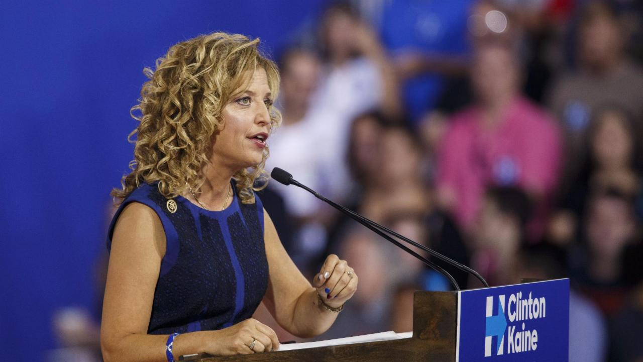 Why DNC chairwoman Wasserman Schultz will resign