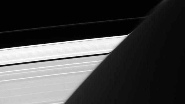 Optical Illusion In NASA Image Gives Saturn's Rings Unusual Appearance
