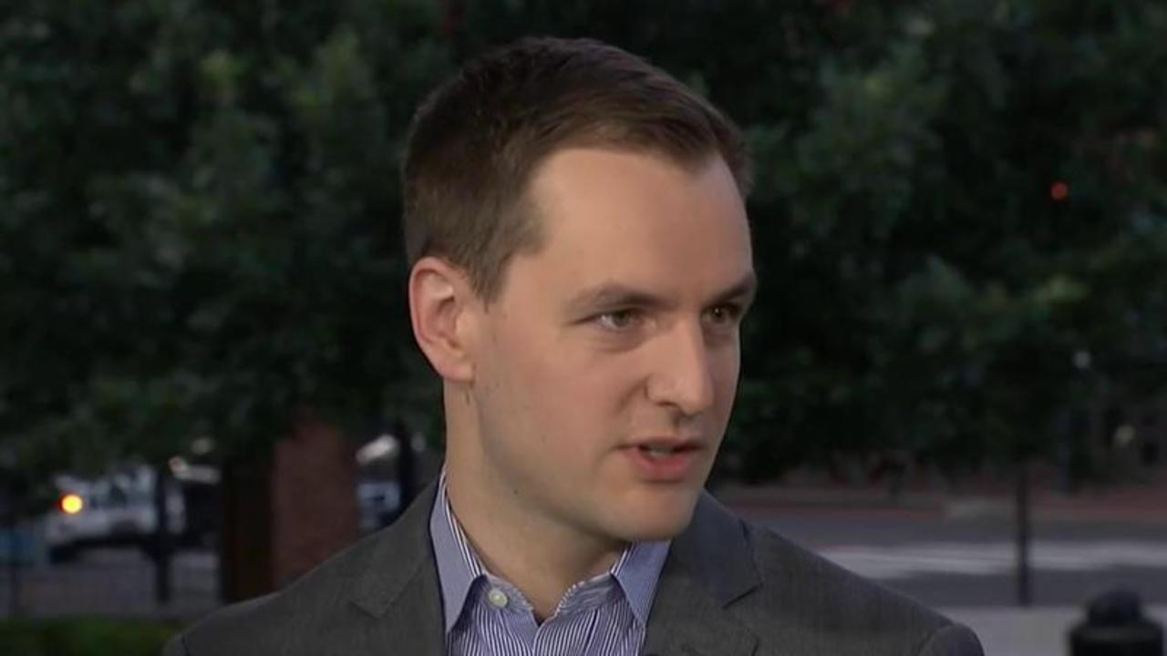 Hillary Clinton Campaign Manager: DNC Email Hack 'Very Troubling'