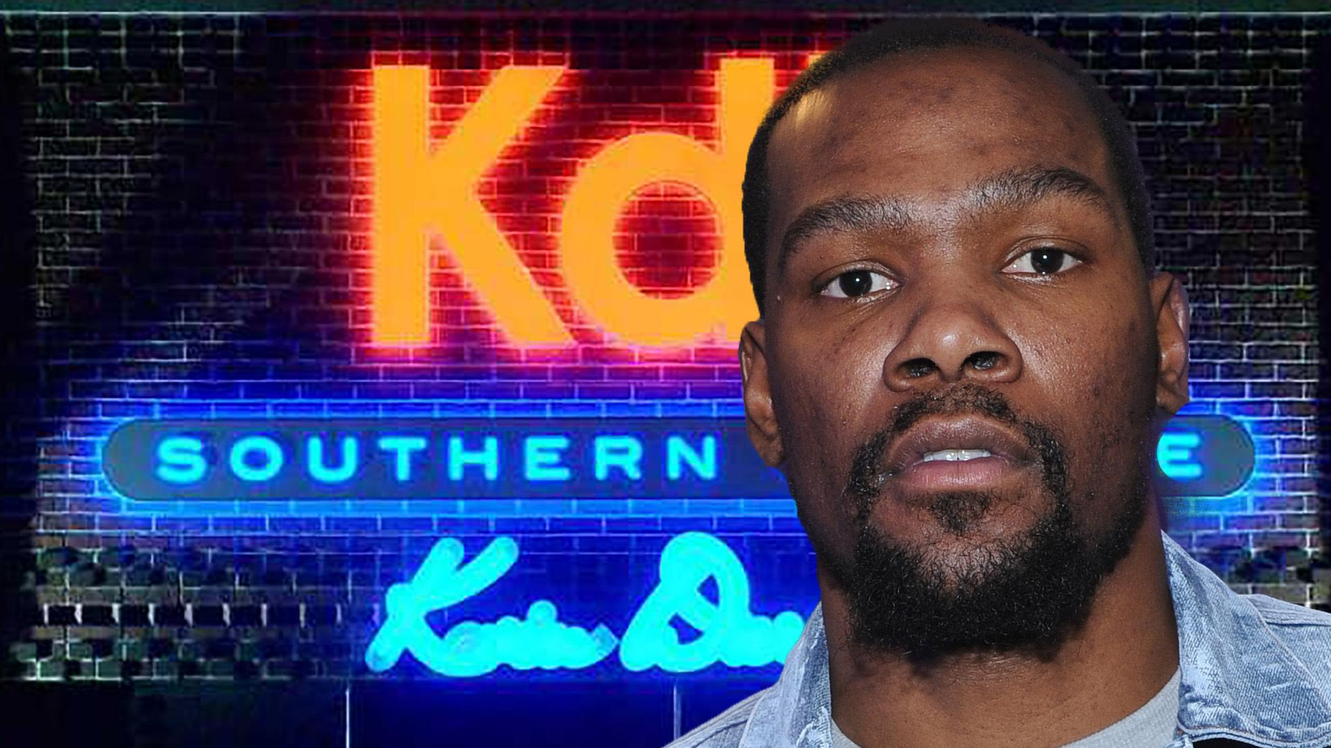 ff02281de Kevin Durant Shuts Down Restaurant in Oklahoma City amid Hate from Okc Fans
