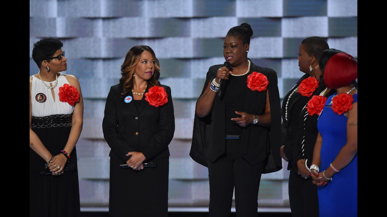 "Mothers of the Movement at DNC: ""Hillary Clinton isn't afraid to say that black lives matter"""