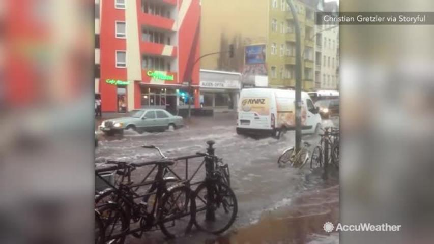 Heavy rains bring flooding to Berlin
