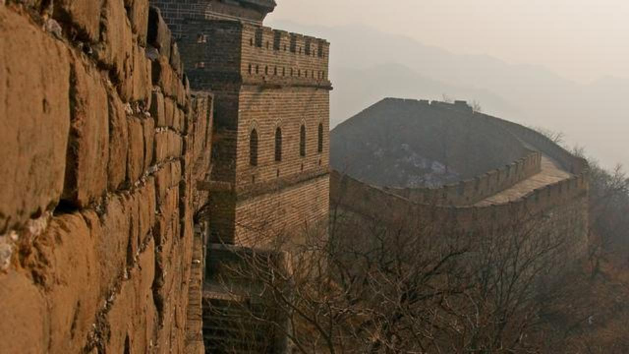 China's Great Wall Is Disappearing Due To People Stealing Bricks