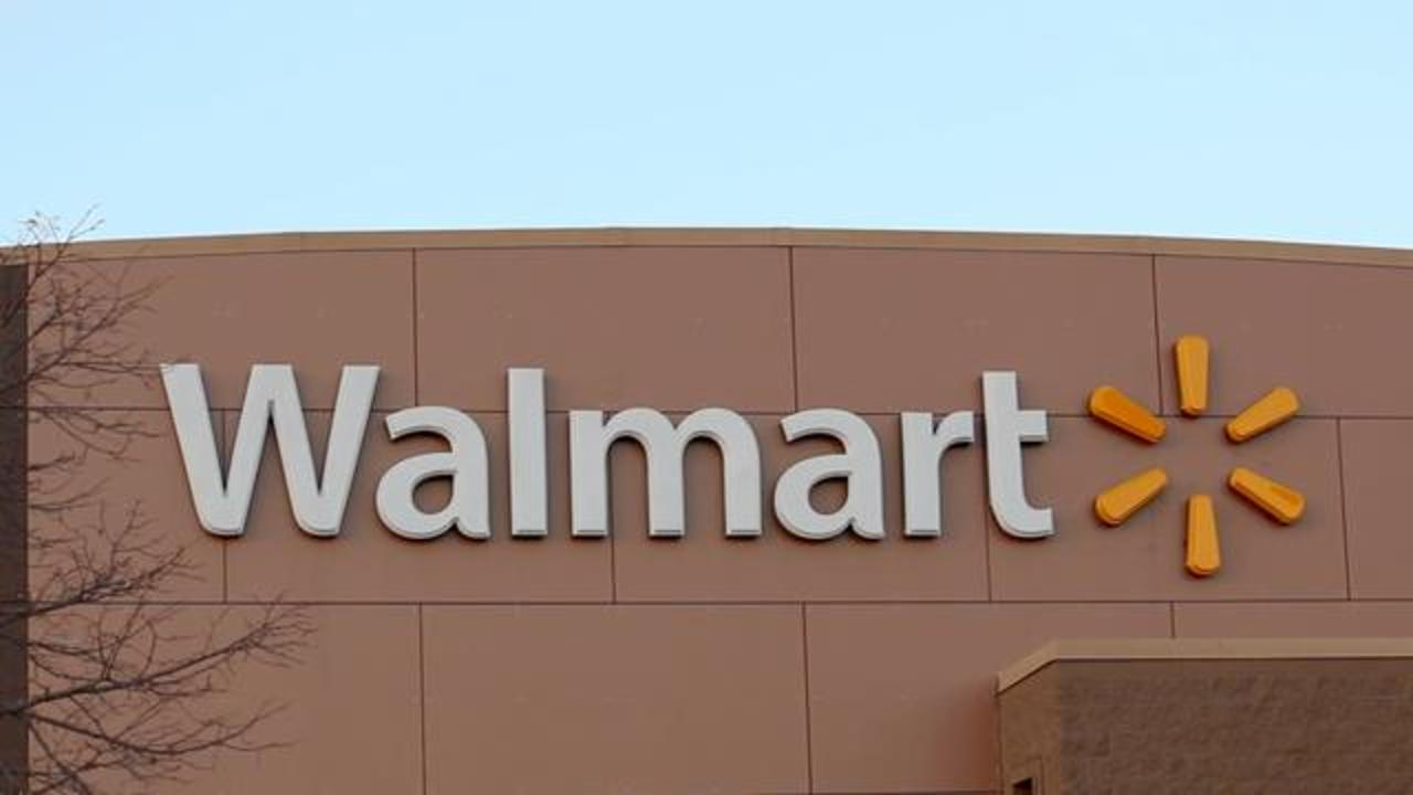 Dogs Crash Car Into Walmart After Being Left Behind By Shopper In Vehicle