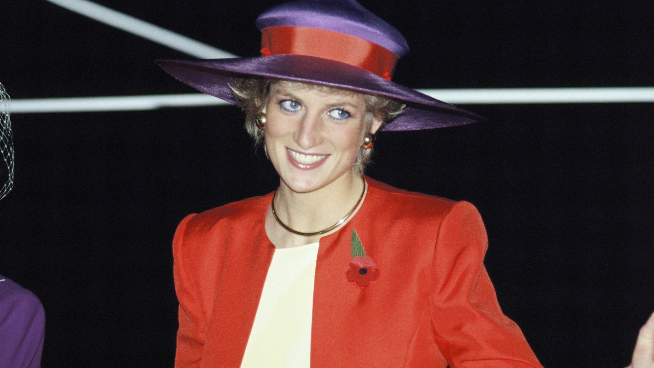 Fourteen Ways Princess Diana Broke Royal Protocol