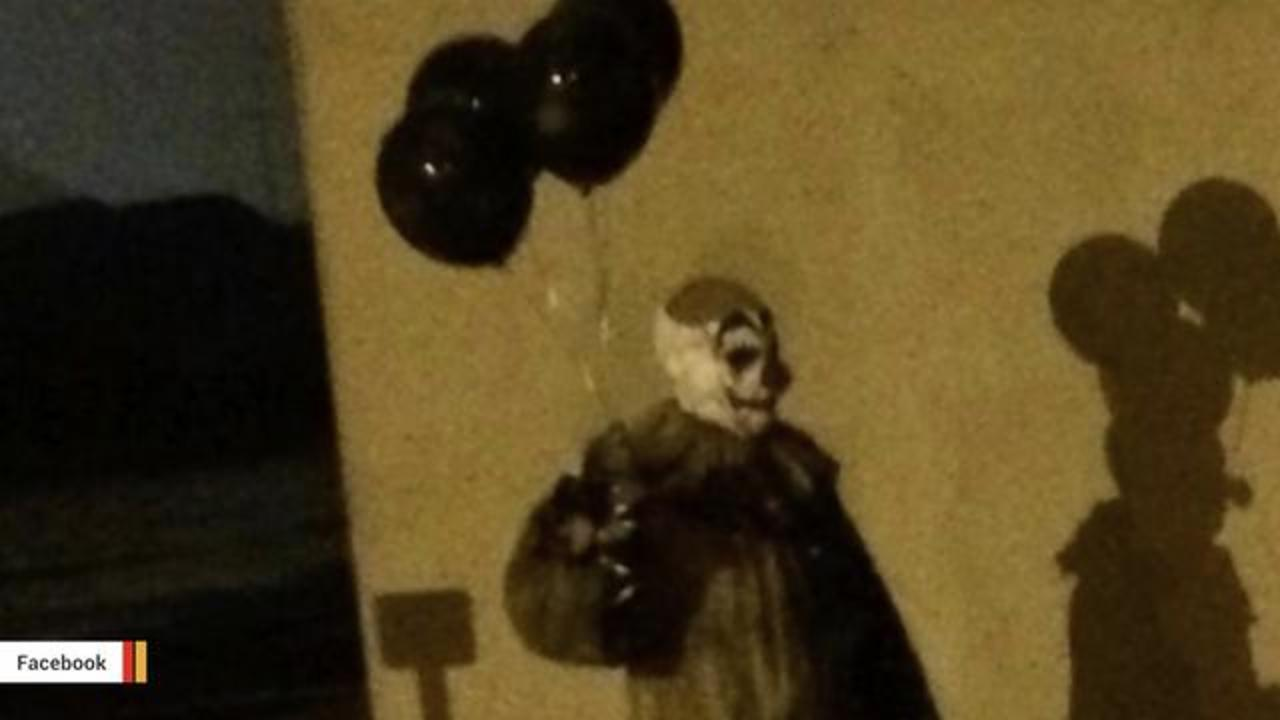 A Creepy Clown Has Been Spotted In Wisconsin Town During Nights