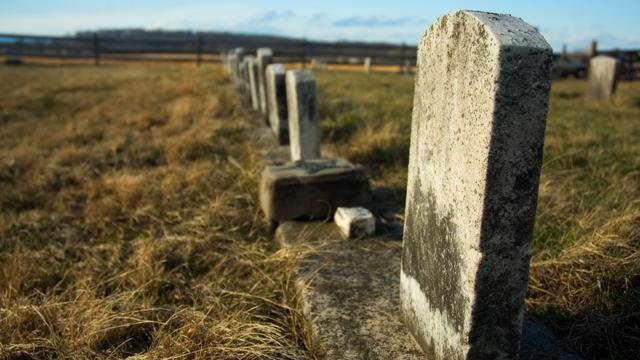 Man Repeatedly Vandailzed Grave Due to a 56-year-old Grudge