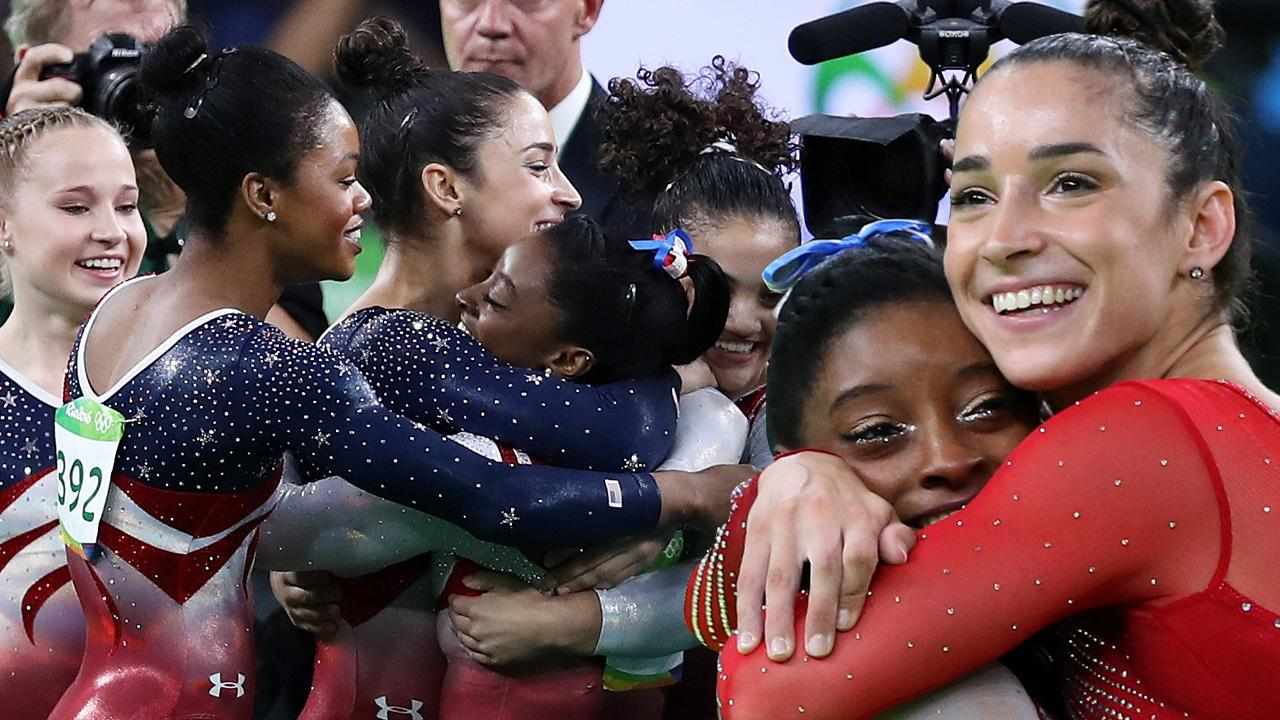 5 Times The Final Five Women's Gymnastics Team Were BFF Goals at Rio Olympics 20