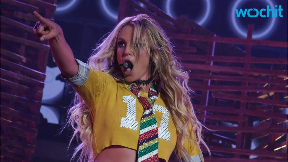 Britney Spears to Perform New Song At VMAs