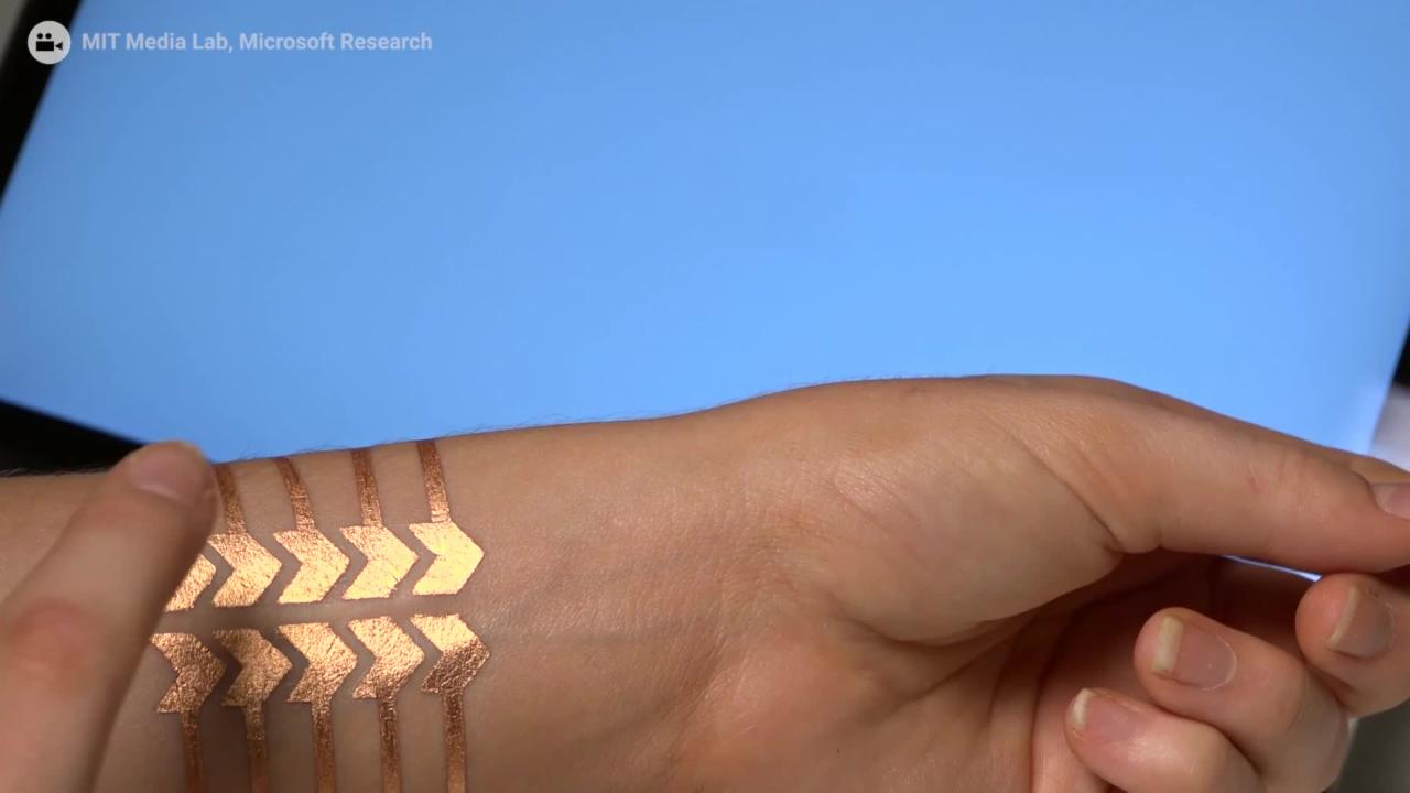 These High-Tech Flash Tattoos Can Be Used to Control Your Phone