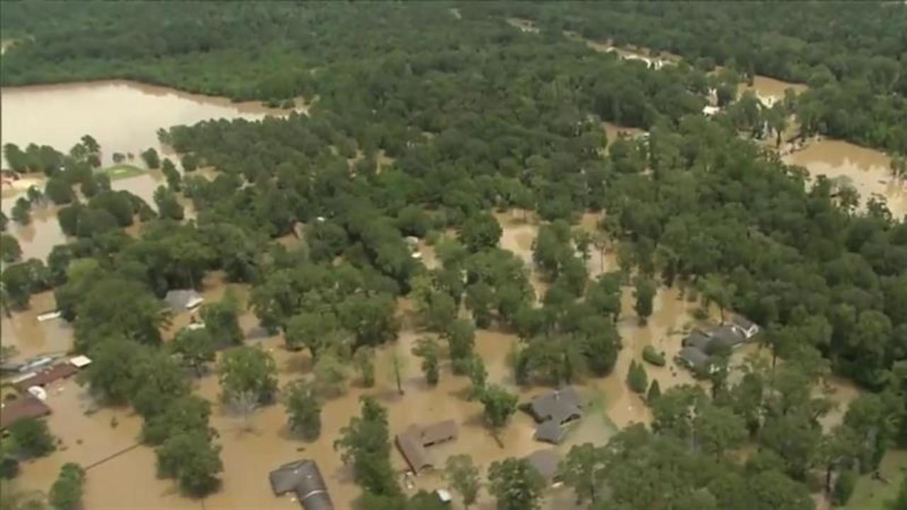 Louisiana flooding: At least 13 dead; 70,000 apply for disaster aid