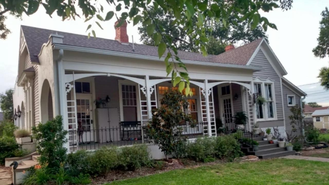 'Fixer Upper' Homes Are Popping Up on Vacation Rental Sites