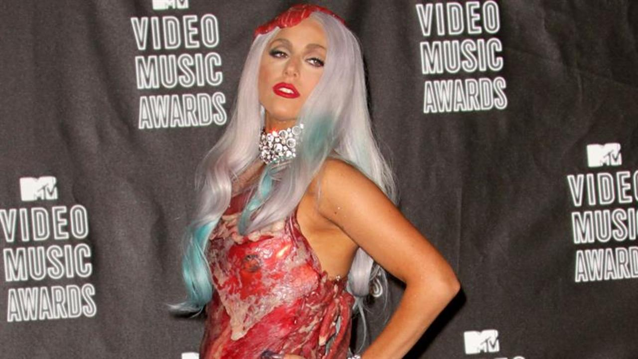 A Look Back At Past VMA Red Carpet Fashions