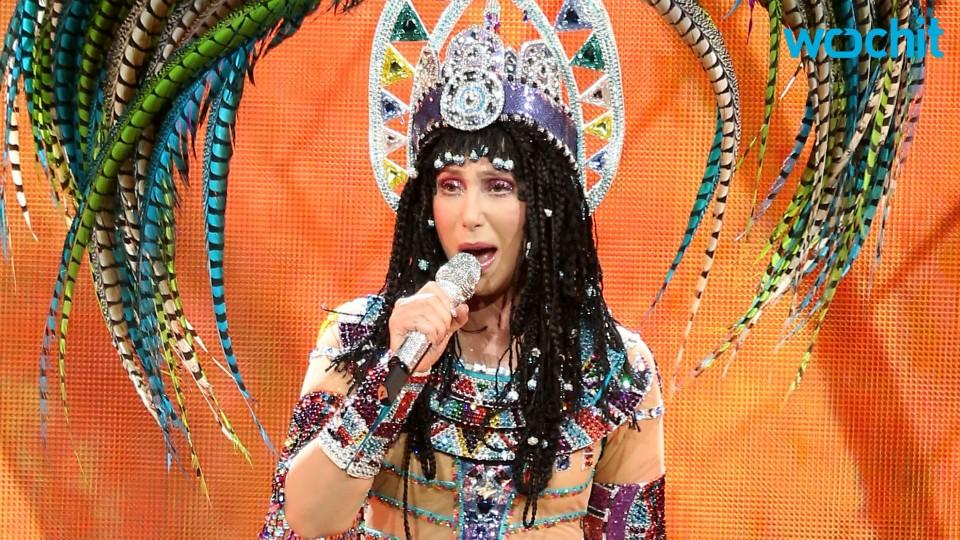 Cher Criticizes Donald Trump at Fundraiser