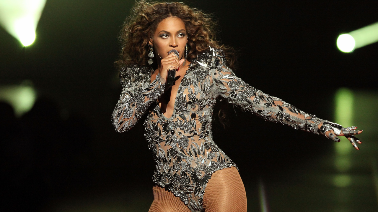 15 Times Beyoncé Slayed the VMAs