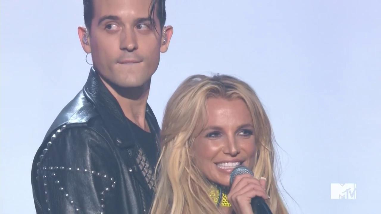 "VMAs 2016: Watch Britney Spears's World-Premiere Performance of ""Make Me..."" featuring G-Eazy"