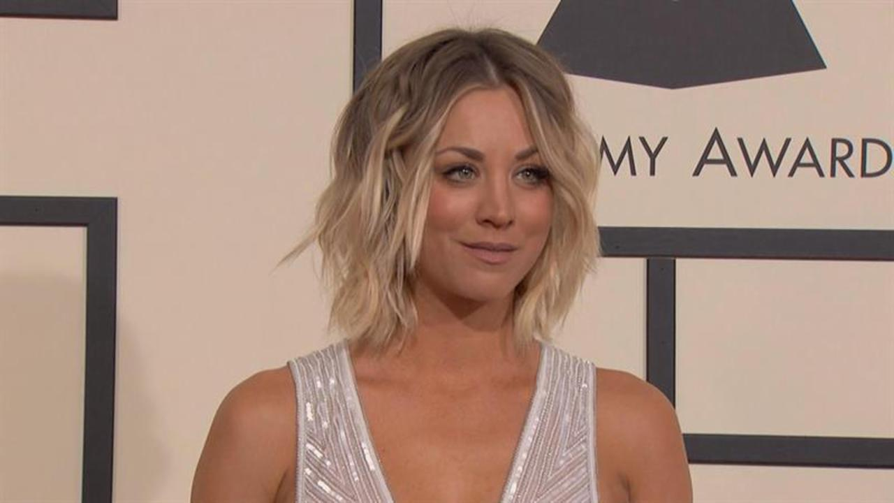 Kaley Cuoco Flashes Her Breast