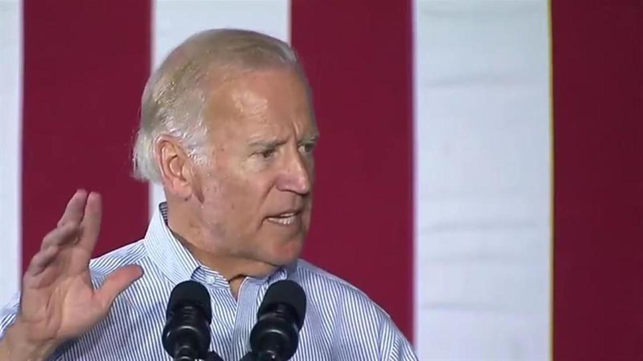 VP Biden addresses heckler in Ohio