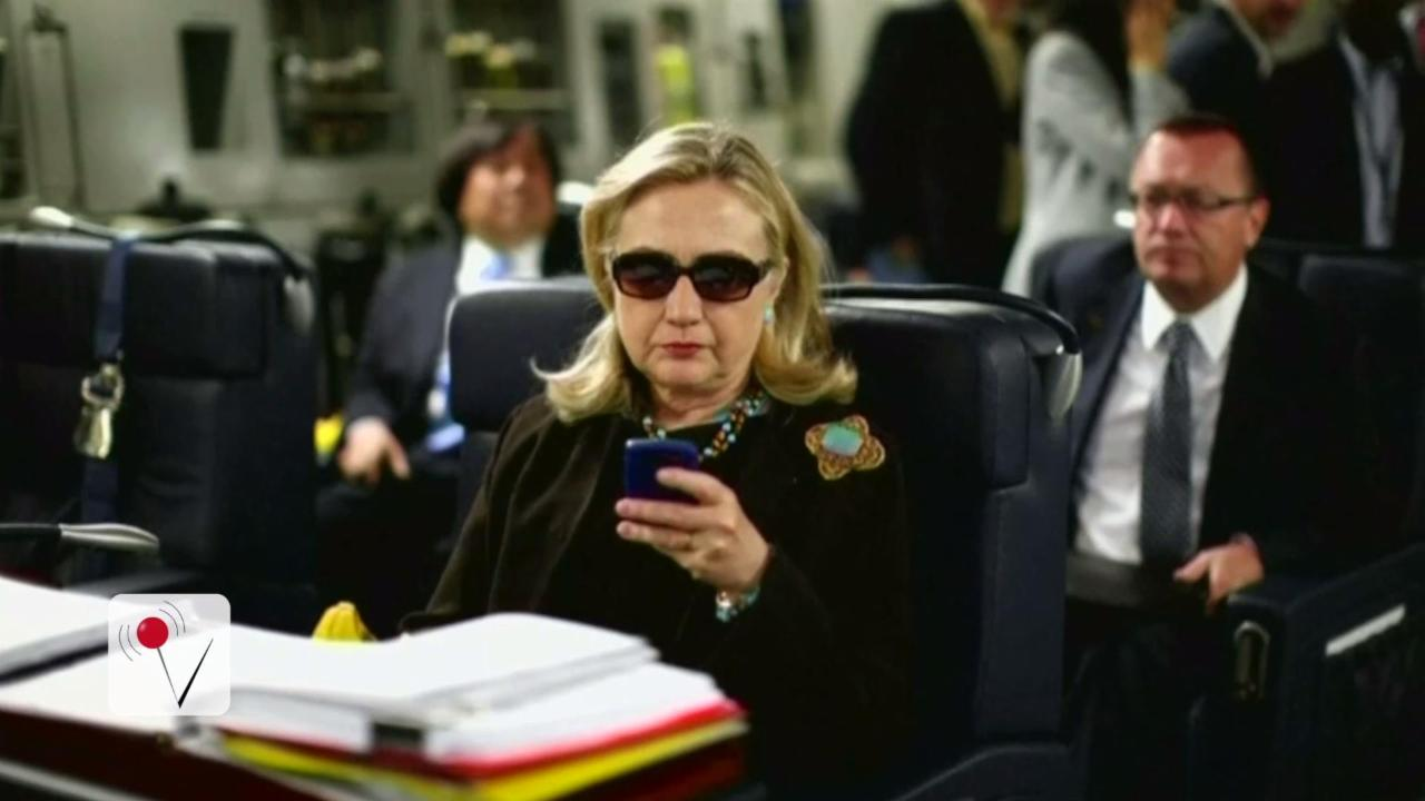 Colin Powell Reportedly Warned Hillary Clinton Against Using BlackBerry