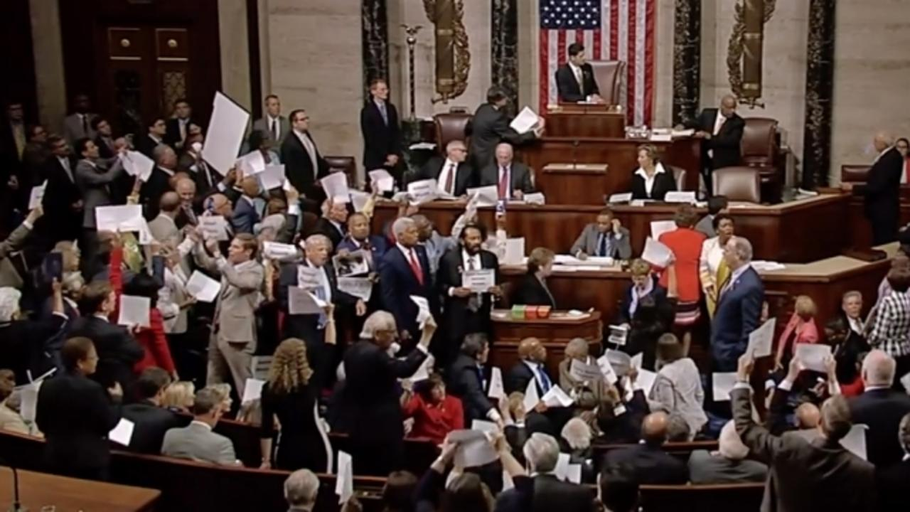 House Democrats May Face Reprimand for Sit-In