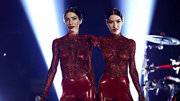 'Topless' Veronicas at the ARIAs