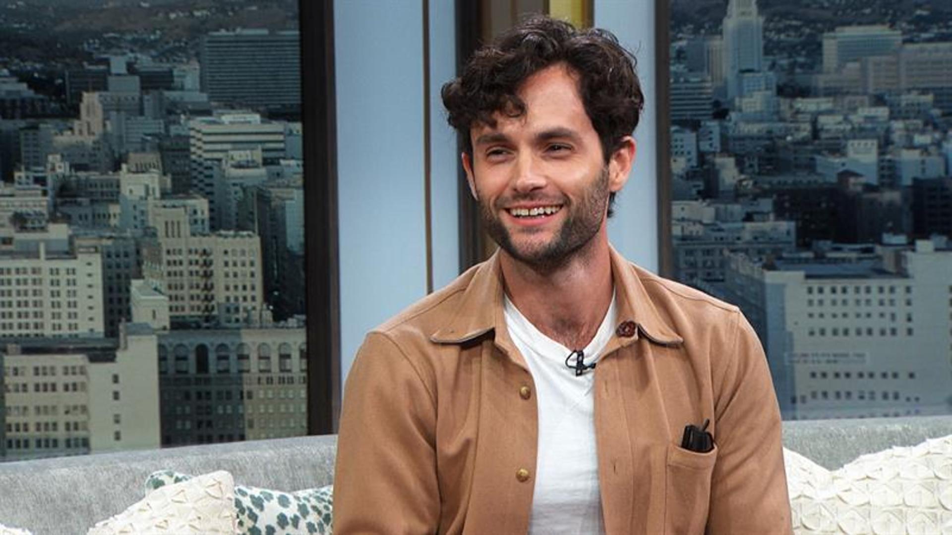 Penn Badgley Draws Correlations Between His 'Gossip Girl' & Dark 'You'  Characters