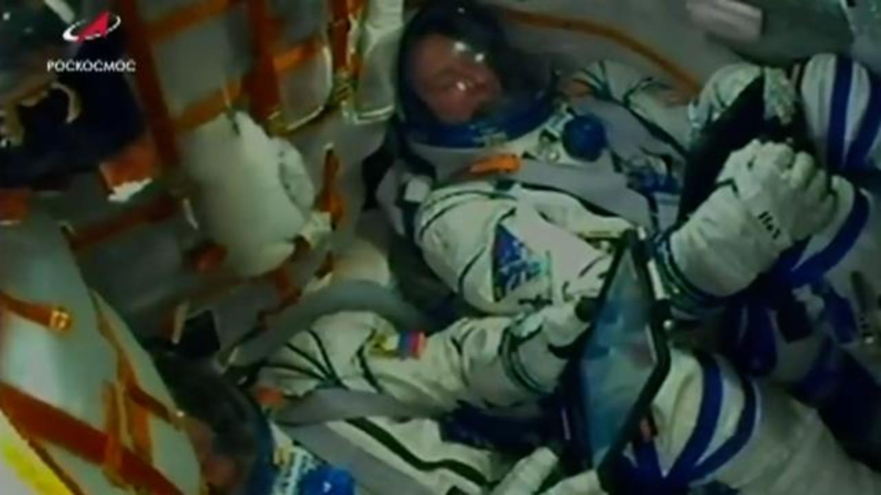 Weird, Odd and Bizarre News - Astronauts Make Emergency Landing After Soyuz Rocket Malfunctions