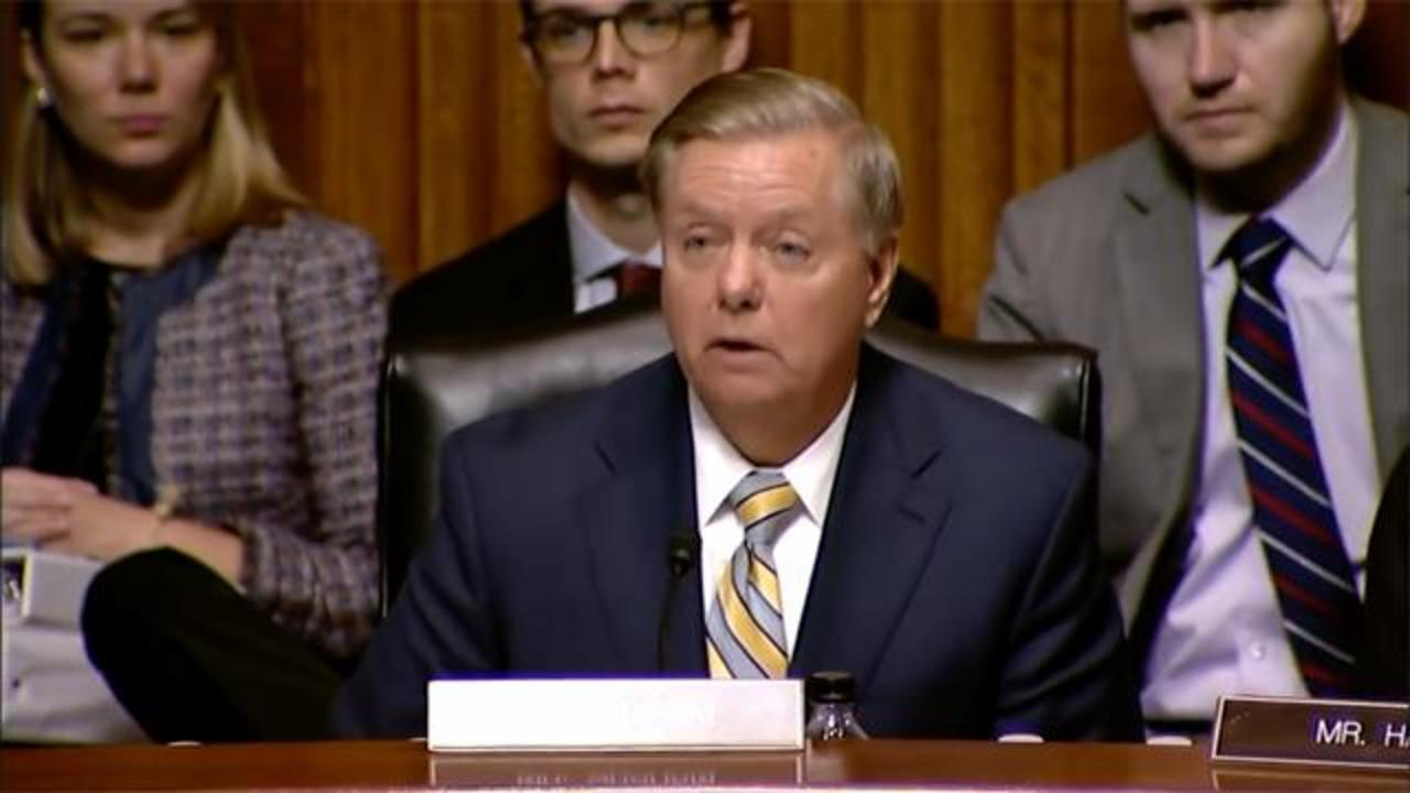 Politics - Lindsey Graham Weighs In On Elizabeth Warren's DNA Test